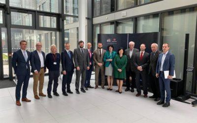 Eurokomisařka Věra Jourová navštívila ELI Beamlines