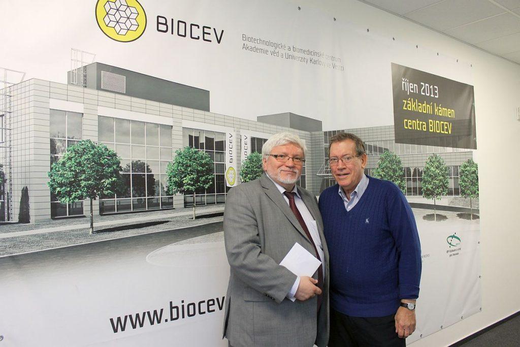 prof. Pavel Martásek, ředitel centra BIOCEV a prof. Joel Sussman
